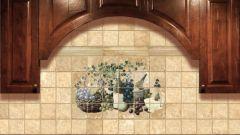 Как клеить плитку в кухне