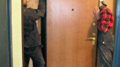 Как монтировать дверь