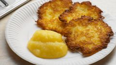 Как приготовить оладьи картофельные