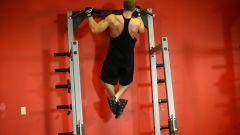 How to hang a horizontal bar