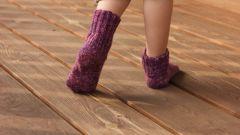 Как вязать носки малышам