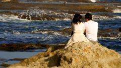 Как поздравить с месяцем отношений