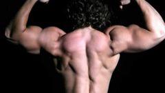 Как развить плечи
