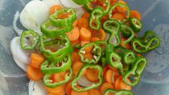 Как потушить лук и морковь