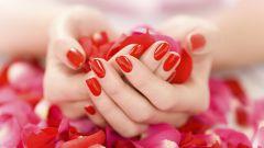 Как научиться красить ногти