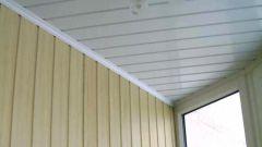 Как обшить потолок пластиком