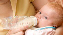 Как научить ребенка есть из бутылочки