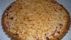 Как испечь пирог с творожно-фруктовой начинкой
