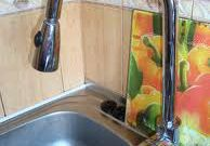 Как установить кран на кухне