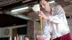 Как заработать барменом