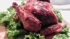 Как приготовить домашнюю курицу в духовке