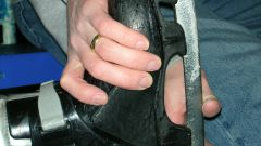 Как почистить коньки