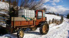 Как завести трактор в мороз