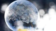 Как заморозить мыльный пузырь