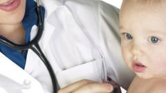 Как лечить кашель у маленьких детей
