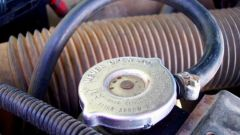 Как заменить антифриз в Nissan