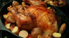 Как запечь картофель с курицей в духовке