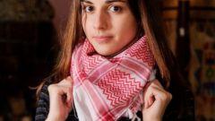 How to tie a scarf arafatki