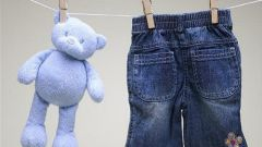 How to clean stains from children's clothes