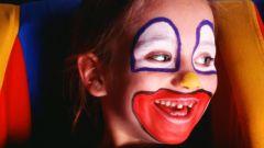 Как нарисовать лицо клоуна