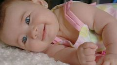 Как отучить младенца от рук