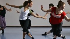 Как научиться танцевать фристайл
