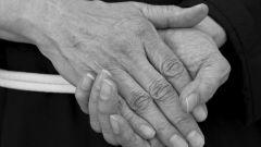Как омолодить кожу рук