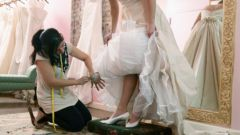 How to promote wedding salon