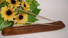 Как зажигать ароматические палочки