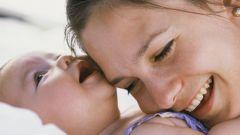 Как отучить грудного ребенка от рук