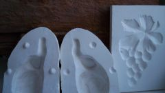 How to make molds for plaster
