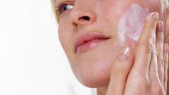 Как избавиться от угрей и черных точек на лице