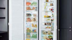 Как встроить холодильник в шкаф