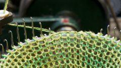 Как вязать на ручной вязальной машине