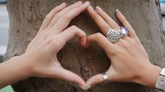 Как нужно носить кольца