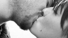 Как не стесняться при поцелуе
