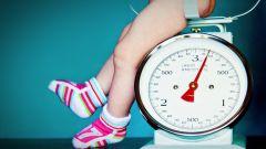 Как должен набирать в весе новорожденный