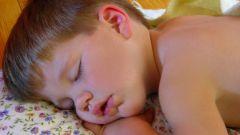 Как отучить от ночного кормления после года