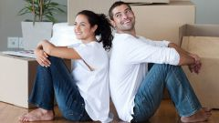 Как переехать  к мужчине
