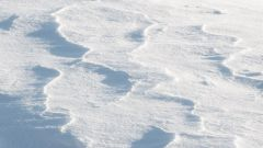 Как найти телефон в снегу
