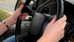 Как оформить на работу водителя