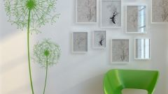 How to draw a flower on the wall