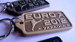 Где купить сувениры с символикой Евро 2012