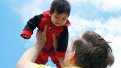 Как нельзя держать ребенка