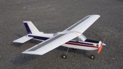 Как летает самолет на солнечных батареях