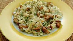 Как приготовить рис со свежими лисичками