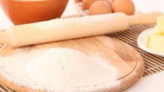 Как приготовить пирог из консервированной горбуши