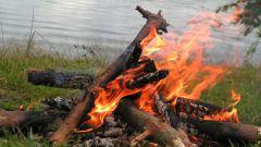 Как разжечь костер без помощи горючего