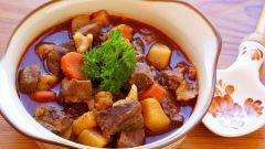 Как приготовить мясо, тушеное с овощами