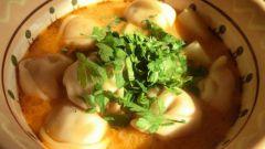 Как сделать грибной суп с овощными пельмешками